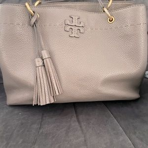 Tory Burch McGraw triple compartment set